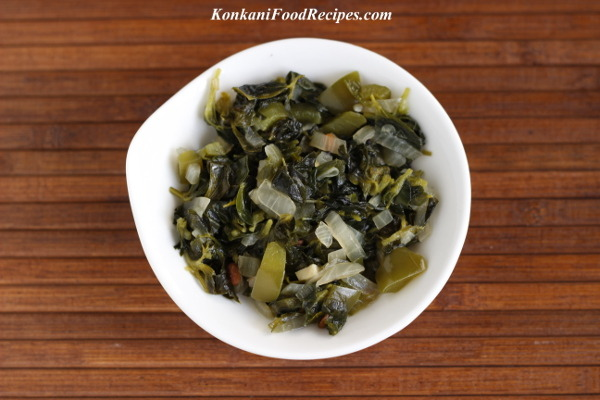 Fenugreek Leaves Stir Fry (Methe Palle Upakari/Methi Sabzi)