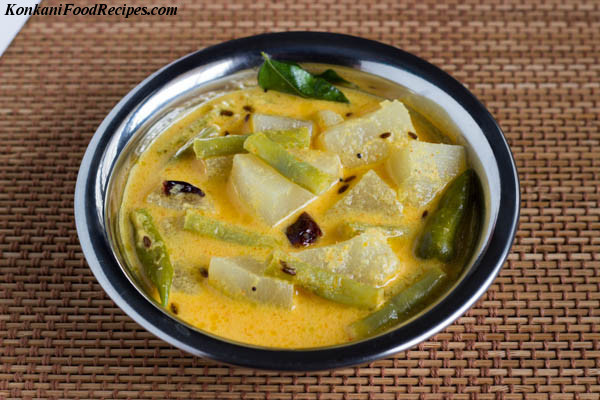 Veggies In Tangy Coconut Yoghurt Curry (Majjige Huli)