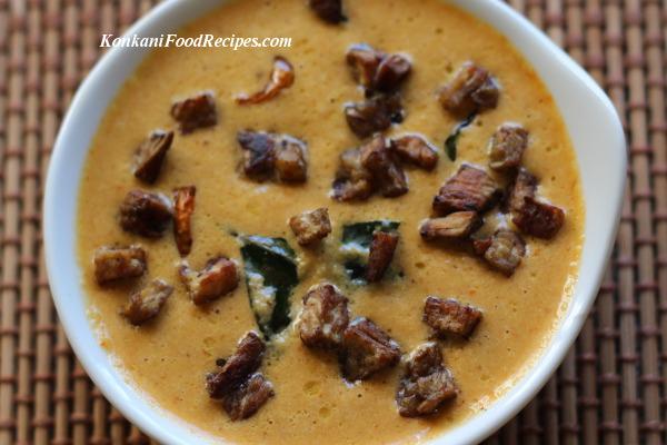 Yam in spicy coconut chutney (Surna Koot)